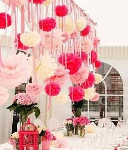Papír lampion, pompom 25 cm – rózsaszín